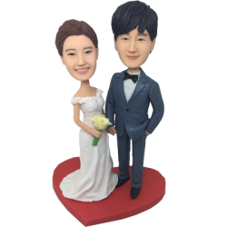 Cozy Wedding Bobbleheads