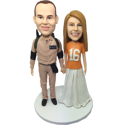 Traveller and Football Fan Bobbleheads