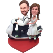 Couple On Scooter Bobbbleheads